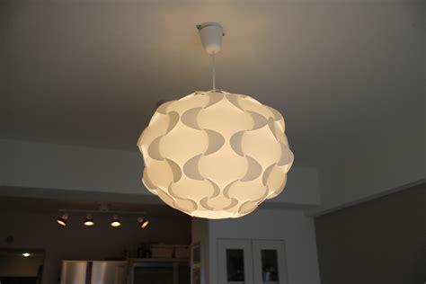 Ikea Badezimmerschrank Füße by Ikeaの照明fillstaをつけてみた