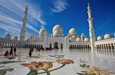 Abu Dhabi Mosque Wallpaper by Sheikh Zayed Grand Mosque In Abu Dhabi Hd Wallpapers Hd