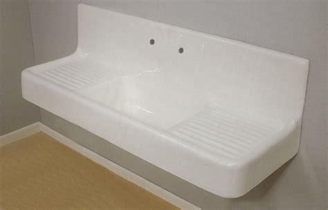 Clarion Farmhouse Drainboard Sink   Wallmount: Remodelista