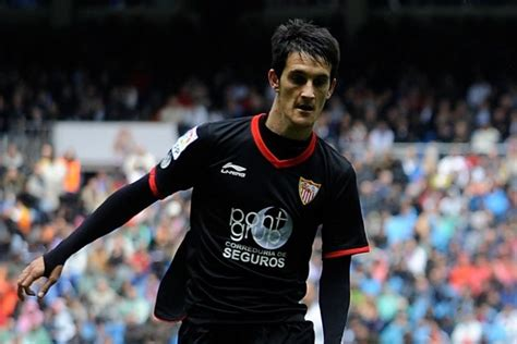 Liverpool transfer news: Reds agree deal for Luis Alberto ...