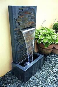 Fontaine A Eau Exterieur : fontaine a eau exterieur castorama fontaine developpement ~ Carolinahurricanesstore.com Idées de Décoration