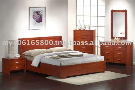 Contemporary Wood Bedroom Furniture   Raya Furniture