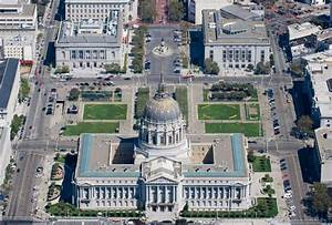 Gold-domed City Hall boasts platinum rating for ...