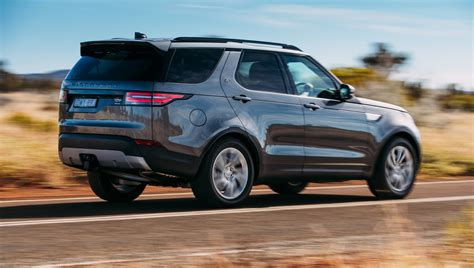 Land Rover Discovery Photo by New Land Rover Discovery Looks Will Test Traditional