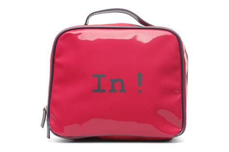 pack fly in out trousse de toilette luggage in pink at sarenza co uk 114845