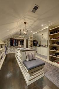 All I Want For ChristmasIs A Dream Closet Commonwealth