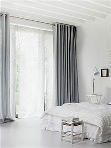 Rideau De Chambre : chambre blanche double rideaux gris souris ~ Teatrodelosmanantiales.com Idées de Décoration