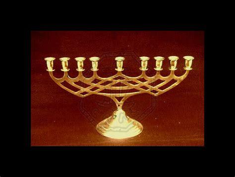 candeliere menorah placcato oro caal centro  arte