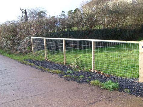 cheap backyard fence ideas 1000 cheap fence ideas on fence ideas fence