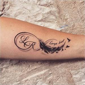 Tatouage Plume Poignet : tatouage femme poignet infini plume r sultat de recherche ~ Melissatoandfro.com Idées de Décoration