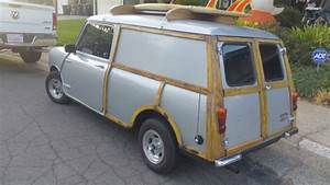 Classic 1966 Austin Mini Countryman Panel For Sale