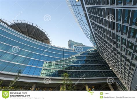 edifici per uffici edifici per uffici moderni a italia immagine