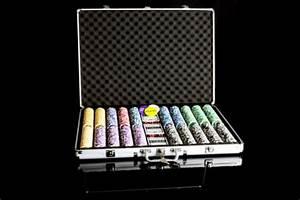 Poker Set Kaufen : pokerkoffer 1000 laser pokerchips poker komplett set kaufen bei belan gmbh ~ Eleganceandgraceweddings.com Haus und Dekorationen