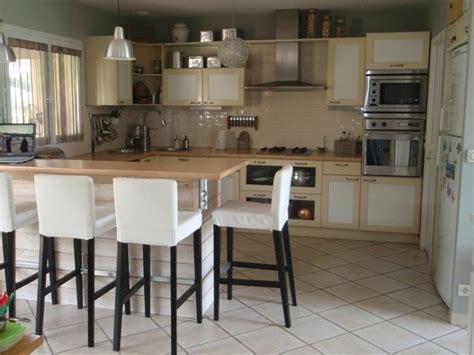 cuisine ouverte ikea idee amenagement cuisine semi ouverte 10 cuisine am233ricaine ikea design bois table chaise