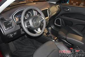 2017 Jeep Compass interior live image - Indian Autos blog