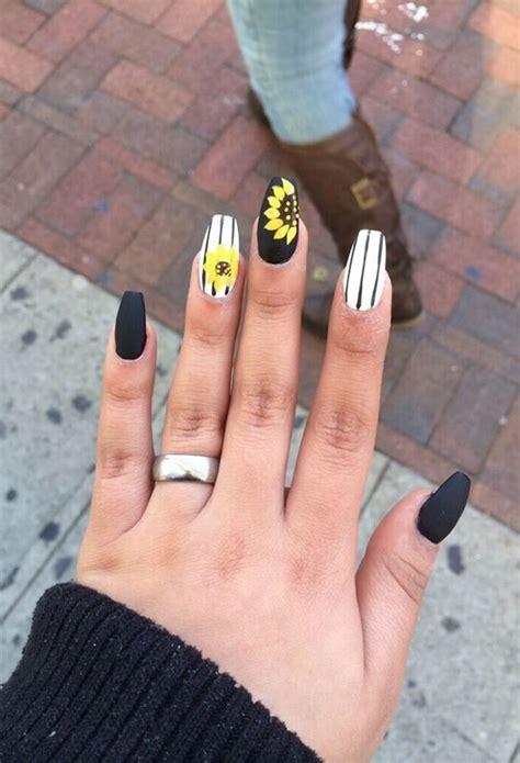 lazy girl summer nail art ideas    year