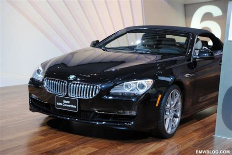 bmw black 2011 naias back in black the bmw 6 cabriolet shows its