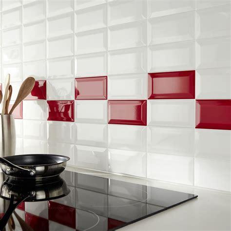 carrelage cuisine metro blanc carrelage métro dans la cuisine une décoration tendance
