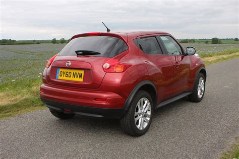 Nissan Jukes For Sale by Nissan Juke Suv Review Parkers