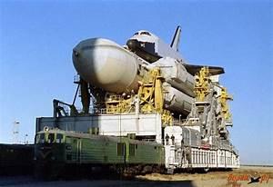 Spaceflight Now   Breaking News   Buran, the Soviet space ...