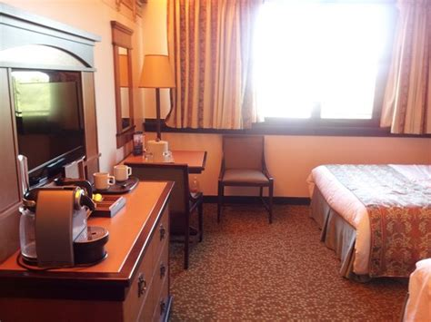 chambre golden forest golden forest room picture of disney 39 s sequoia lodge