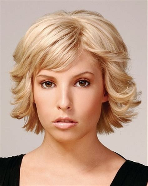 short to medium length layered hairstyles short length layered hairstyles