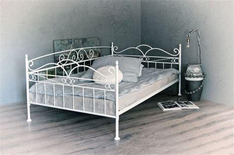 Finden sie das perfekte bett. Metall Stockbett 140 Couch : Hochbett Mit Sofa / Das stockbett mit zwei liegeflächen von je ca ...