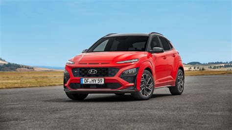 The kona crossover joins the n brand's ranks this year; Refreshed 2021 Hyundai Kona and New Kona N-Line Debut ...