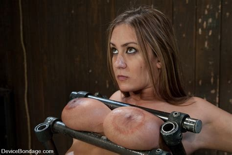 hot slave screams of horror and pain