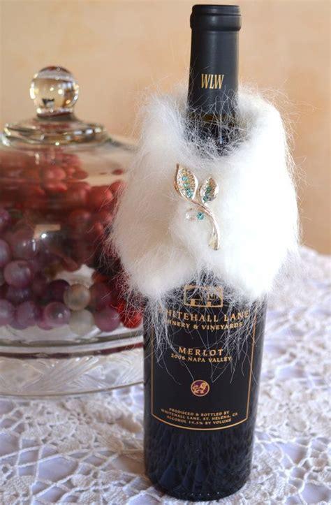 wine bottle collar wrap silver blue brooch white faux