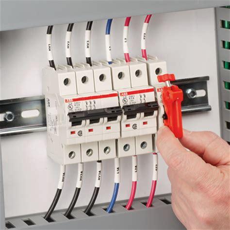 Leitungsschutzschalter Garage by Circuit Breaker Services India Services P Limited