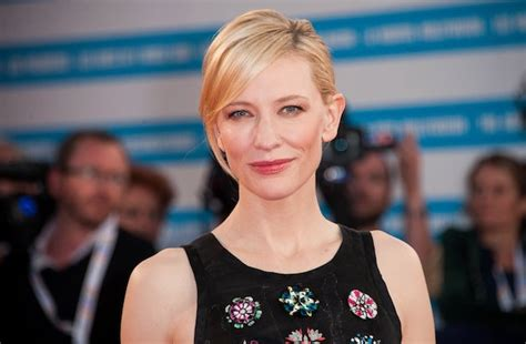 hollywood actresses aged 40 blonde female actresses over 40 hair color ideas and