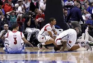 Louisville's Ware breaks leg against Duke - NY Daily News