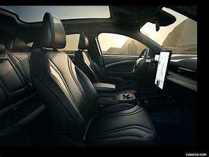 2021 Ford Mustang Mach-E Electric SUV - Interior, Front Seats | Wallpaper #30 iPad | 1024x768