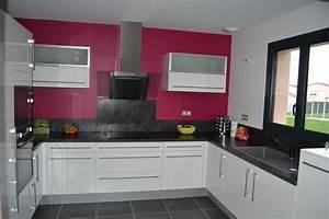 hauteur hotte de cuisine maison design modanescom With hotte de cuisine evacuation exterieure