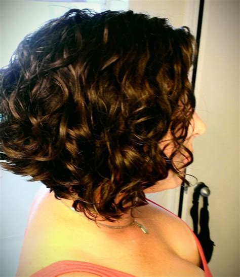 short curly inverted bob hair pinterest curly