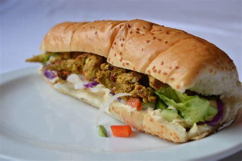 192 Notre Gout Sandwich Facile - sandwich chawarma de poulet zeituna
