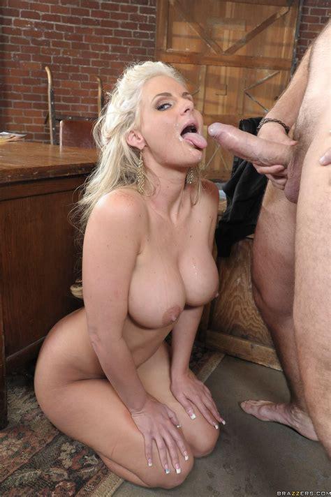 Blonde Lady Is Posing And Teasing Photos Phoenix Marie Manuel Ferrara MILF Fox