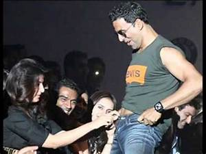 15 Most Embarrassing Moments of Bollywood Celebrities