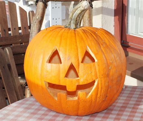 easy pumpkin designs last minute halloween costume ideas for all june 2011