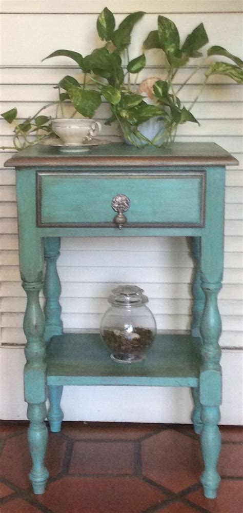 Refinish Nightstand by Best 25 Refinished Nightstand Ideas On