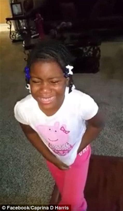 obama  kids  girl breaks   facebook video