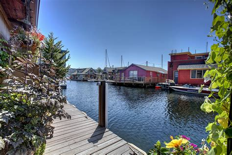 Houseboats For Sale Seattle Area by Seattle Houseboats Experts We Can Help You Live