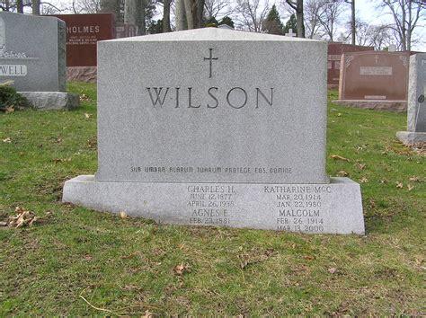 perry como burial site file malcolm wilson gravesite gate of heaven cemetery