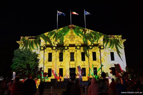 christmas projections intown geelong