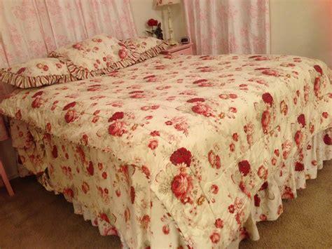 shabby chic bedding usa new waverly norfolk rose shabby chic reversible stripe 60x86 twin comforter nwot ebay