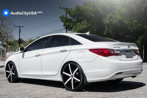 """Hi i wana to buy rims for my hyundai sonata 2006 2.4l gl. 2013 Hyundai Sonata   22"""" Lexani Wheels R-Four Custom ..."""