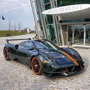 Pagani Huayra Bc : green carbon pagani huayra bc with orange details is an instagram sensation autoevolution ~ Maxctalentgroup.com Avis de Voitures