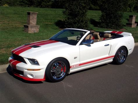 amazing 2006 ford mustang 2006 ford mustang convertible news reviews msrp