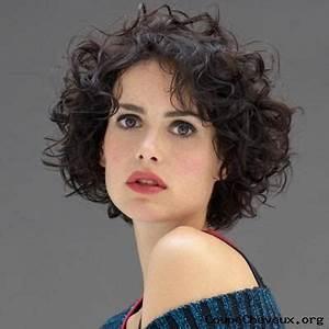 Coupe Courte Cheveux Bouclés :  ~ Melissatoandfro.com Idées de Décoration